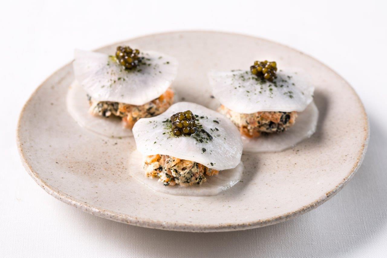 Robin-Gill---Cured,-smoked-salmon,-crème-fraiche,-nori,-cornish-caviar-edited